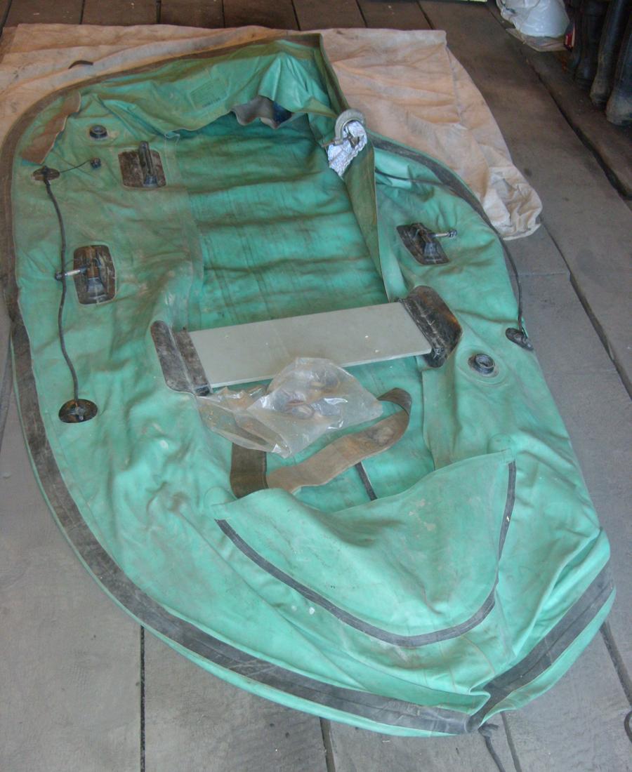 Ремонт резиновой лодки швов своими руками 16